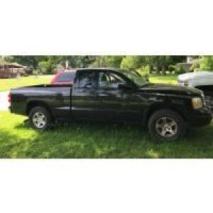 '07 Dodge Dakota SLT Truck, Troy-Bilt LTX -2146 Lawn Tractor, Furniture, Costume Jewelry,