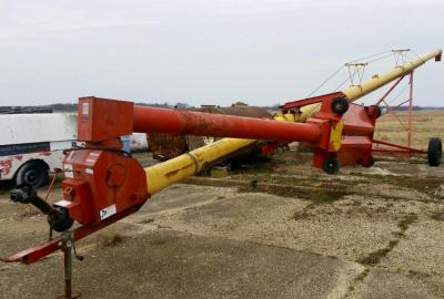 "Westfield 10"" x 61' Auger w/swing away Rebuilt Hopper flighting"