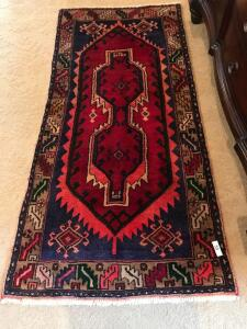 Beautiful vintage wool rug