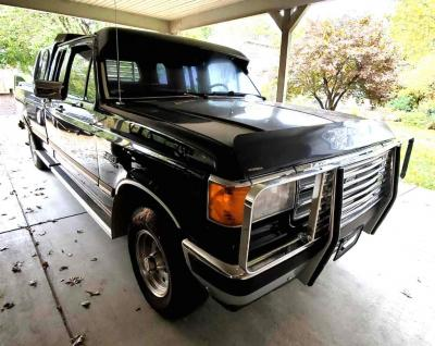 1988 Ford F-150 XLT Lariat 4x4 Extended Cab - RESERVE MET