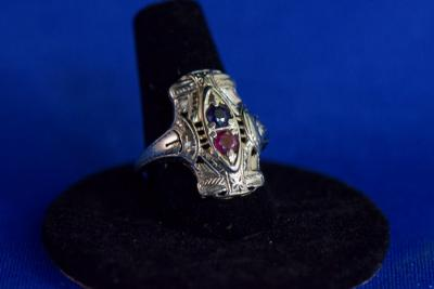 18K White Gold Antique Ruby-Saphire Ring