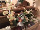 3 Artificial floral arrangements
