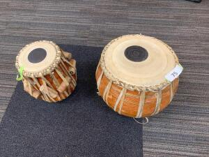 Two small jimbay drums