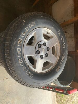 Set Chevy 6 lug rims and Michelin LTX M/S tires