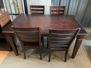 Basset Furniture dining table and 4 chairs with removable glass top