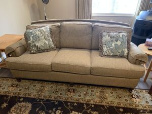 Smith Brothers of Berne Indiana 3 cushion sofa