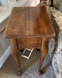 Cherry Side Table w/ Lift Top