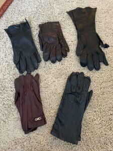 5 pairs of Vintage leather gloves