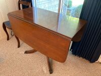Mahogany drop leaf table with drawers - 2