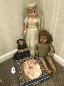 Antique & vintage dolls