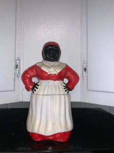 Ceramic Aunt Jemima cookie jar
