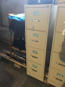 Hon 4 drawer letter sized file cabinet