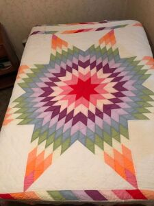 Early machine stitched quilt Texas star