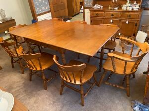 Tell city dining room table with 8 chairs