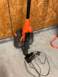 B&D palm sander & rechargeable trim saw and charger