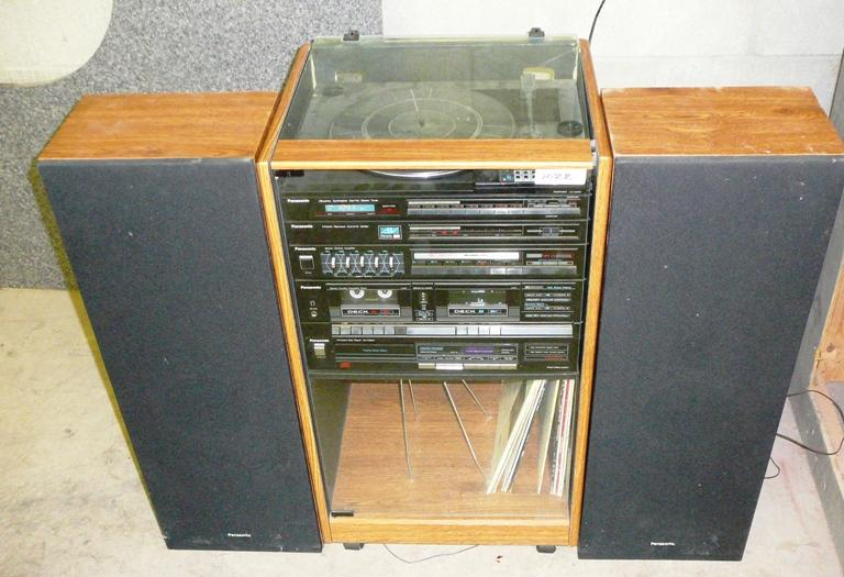 Lot 1022 Of 405: Panasonic Stereo Cabinet System