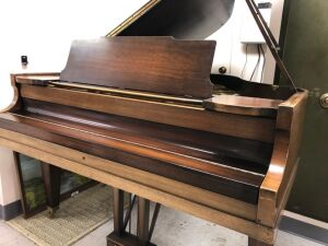 The Cable Company of Chicago Baby Grand Piano