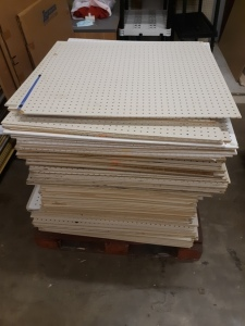 140 sheets pegboard