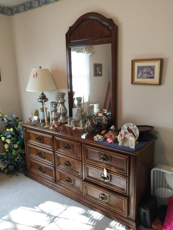 Thomasville 9 Drawer Dresser