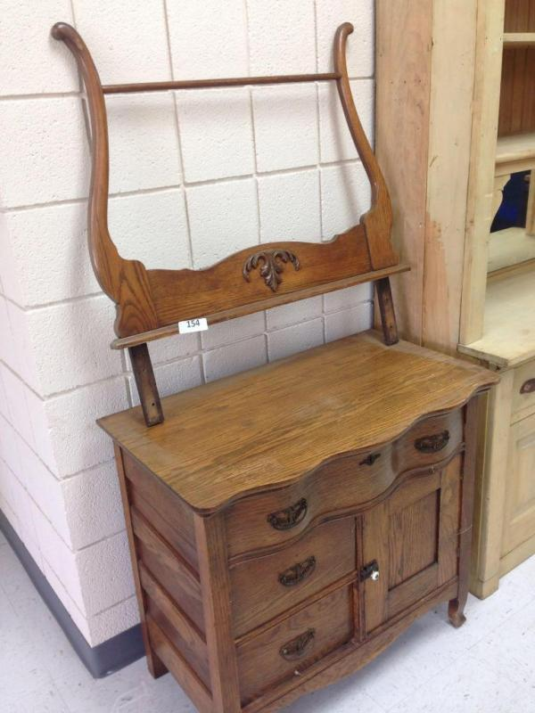 Antique Oak Washstand With Mirror And Towel Bar Image Of Lion And