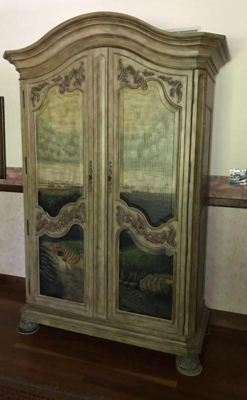 Lot 10 Of 23: Seven Seas By Hooker Furniture Painted Armoire